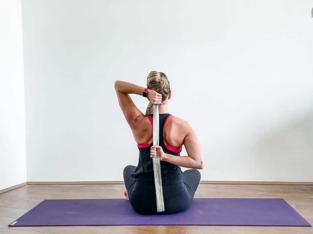 shoulder internal rotation stretch