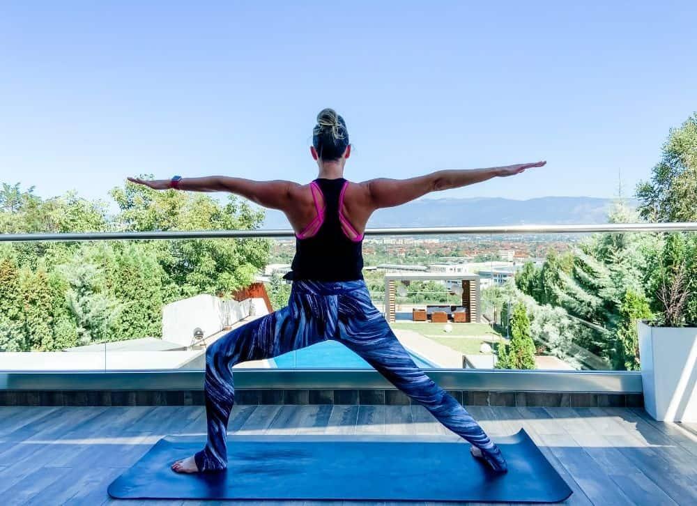 warrior 2 yoga pose outside
